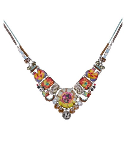 Unforgettable Fire, Aaida Necklace