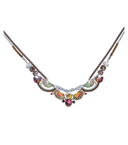 Unforgettable Fire, Amia Necklace