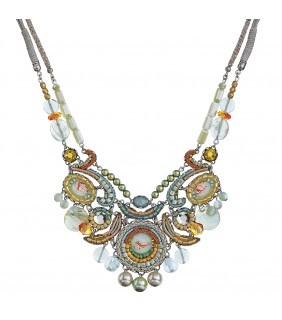 Rhine Amaryllis Necklace