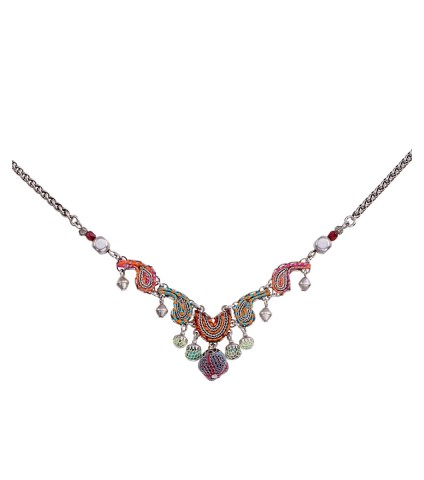 Coral Cave, Regina Necklace